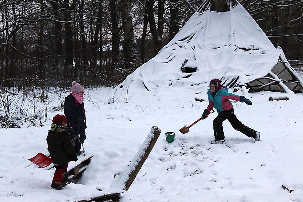 03-Kinder-Schnee.png